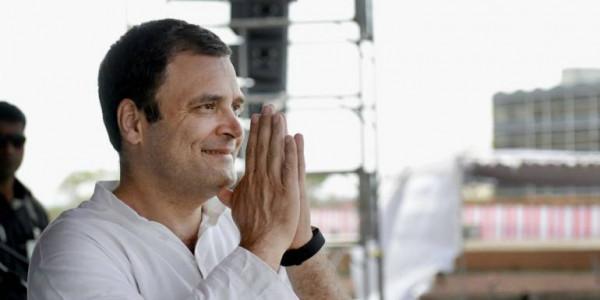 सागवाड़ा पहुंचे राहुल गांधी, गायत्री शक्तिपीठ के किए दर्शन