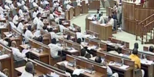 फिर आंध्र प्रदेश विधानसभा से निलंबित हुए TDP के चार विधायक, इस वजह से लिया गया ये फैसला