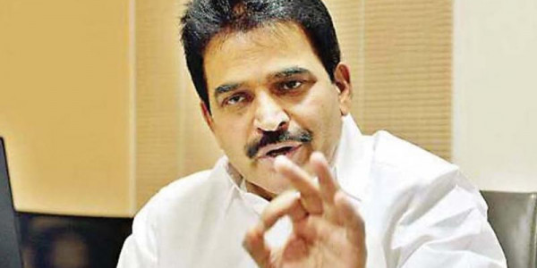 KC Venugopal Caught Speaking to Rowdy Sheeter Ishtiaq Ahmed