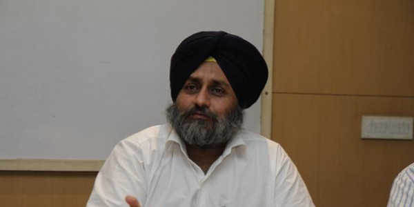 SAD chief trying to divide Sikhs: Capt