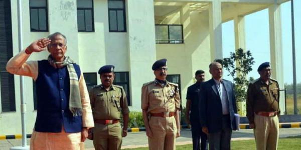 गृहमंत्री ने कहा- नागरिकों के मन में पुलिस के प्रति डर नहीं, सम्मान होना चाहिए