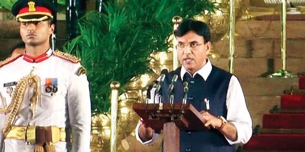 Three from Gujarat get a seat in Modi's cabinet