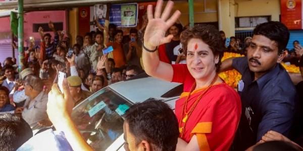 बोट यात्रा के बाद अब ट्रेन से दिल्ली से अयोध्या तक सफर करेंगी प्रियंका गांधी, हनुमानगढ़ी मंदिर में करेंगी पूजा