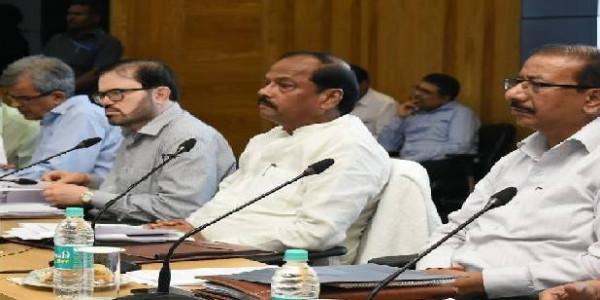 मुख्यमंत्री बोले, किसानों की जमीन कोई नहीं छीन सकता, बरगलाने वाले को भेजें जेल