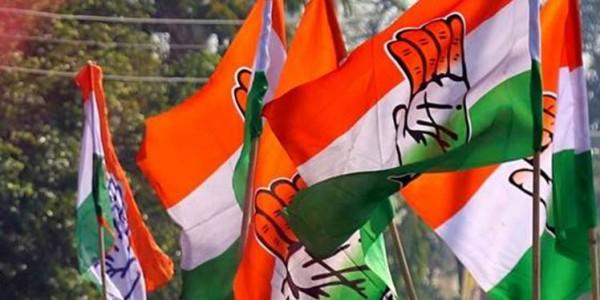 Gujarat Congress MLA quits, cites 'infighting'