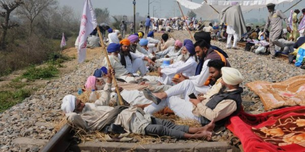 punjab-farmers-protest-38-trains-remain-cancelled-delhi-amritsar-route-severely-affected