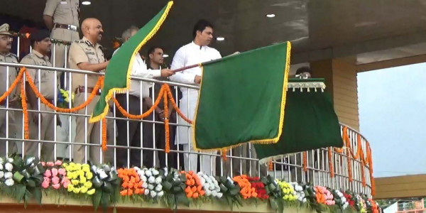 Tripura CM flags off vital train services linking border town