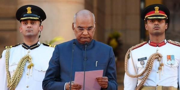 शपथ लेते वक्त इन मंत्रियों ने की गलती, राष्ट्रपति कोविंद को कराना पड़ा सुधार