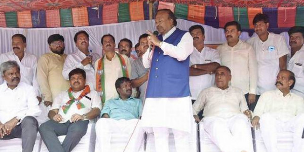 Police should work to protect the patriotic: Eshwarappa