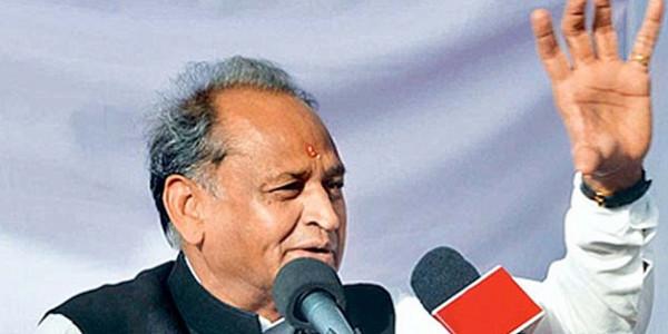 मुख्यमंत्री ने विधवा विवाह के लिए उपहार राशि बढ़ाकर 51 हजार रूपये की