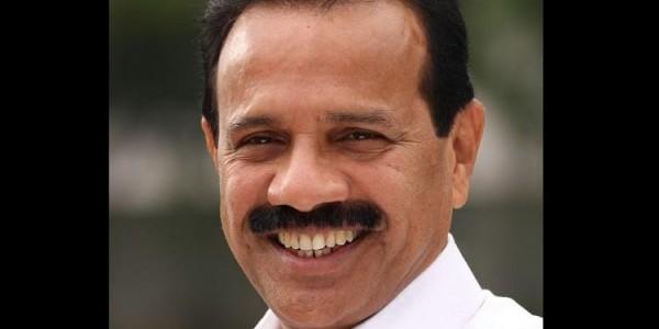 karnataka-horse-trading-issue-echoes-in-lok-sabha-union-minister-gowda-refutes-allegations