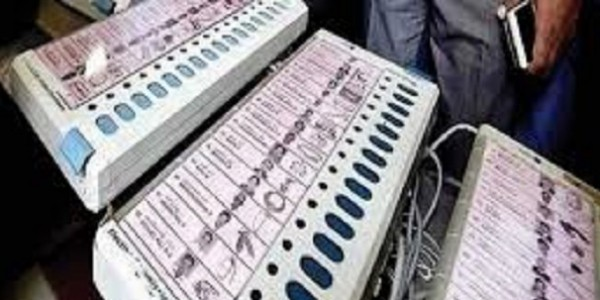 Goa's faulty EVM polled votes for Congress, not BJP: CEO