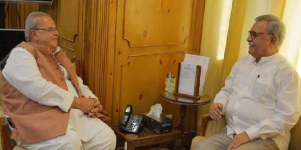 फारूक खान ने पांचवें सलाहकार के रूप में संभाला काम, सुरक्षा मामलों की जिम्मेदारी मिलने की उम्मीद