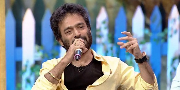 Once Close to Mamata Banerjee, Noted Bengali Singer Nachiketa Pens Song on 'Cut Money'