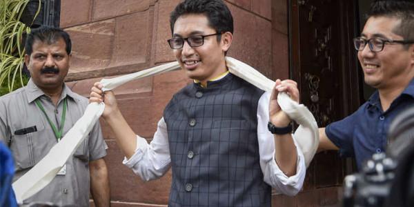 लद्दाख बीजेपी सांसद जमयांग सेरिंग के बिगड़े बोल, कहा- 'UN में लद्दाख की चर्चा होने से खुश हूं'