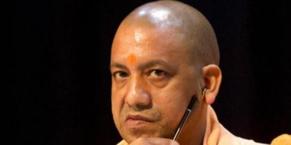 CM योगी की PWD को चेतावनी, 30 अक्टूबर तक UP की सड़कों को बनाएं गड्ढा मुक्त