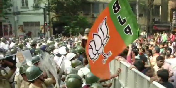 BJP Protest Outside Kolkata Municipality Over Hike in Dengue Cases