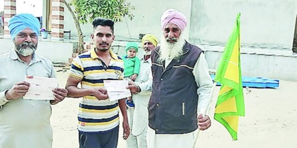Banks start returning security cheques to farmers; unions say stop kurki too