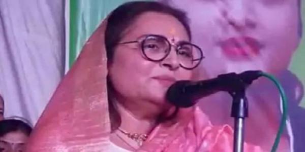 रामपुर में जयाप्रदा ने गाया 'मेरी जंग' फिल्म का गीत, निकाले जा रहे सियासी मायने