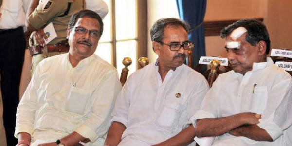WB ministers brother go missing in the Damodar