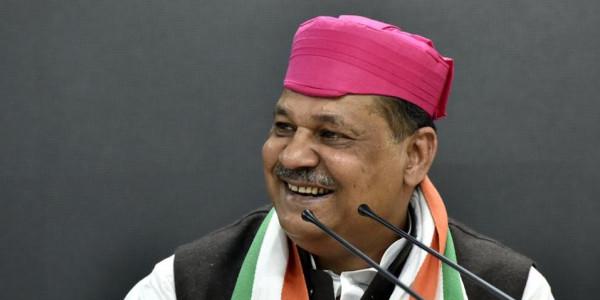 संभावित अध्यक्ष को लेकर दिल्ली कांग्रेस में घमासान जारी