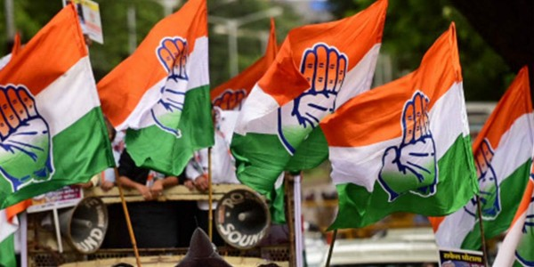 Infighting plagues Maharashtra Congress
