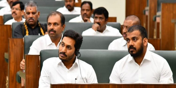 AP minister counters Naidu, says ex- CM's 'flood plan' would have created a big disaster