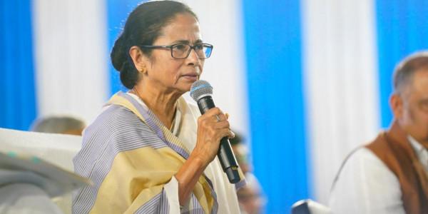 WB Govt to Bring Back 131 Bengal Labourers Stuck in Kashmir