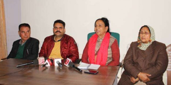 himachal-pradesh-kangra-bdc-member-threatning-to-government