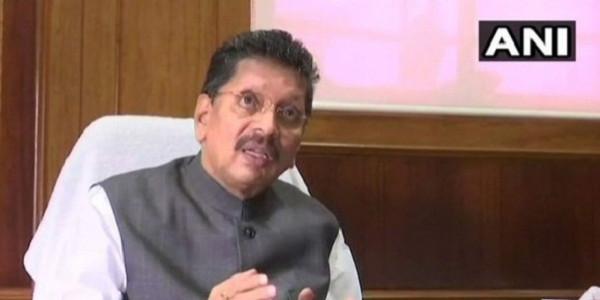 मंत्रालय गई महिला ने गृह राज्यमंत्री केसरकर पर लगाया अपमानित करने का आरोप