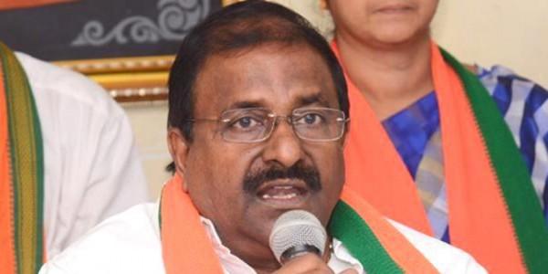 Somu Veerraju slams Naidu for remarks against Modi