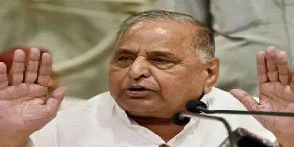 आजम खान के समर्थन में उतरे मुलायम, बोले- बीजेपी को होगा नुकसान