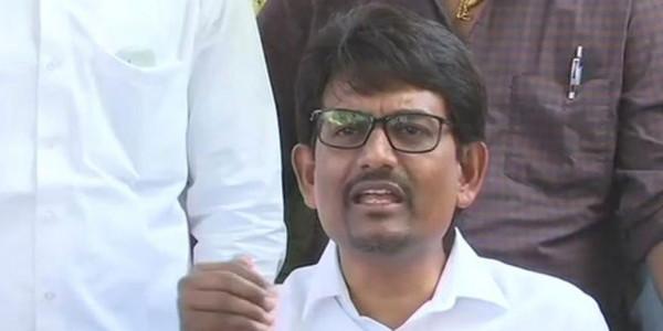 कांग्रेस ने कहा कि अल्पेश ठाकोर के चुनाव लड़ने पर रोक लगनी चाहिए, कोर्ट ने 27 को मांगा जवाब