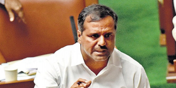 Take steps to treat H1N1 patients, Khader to officials