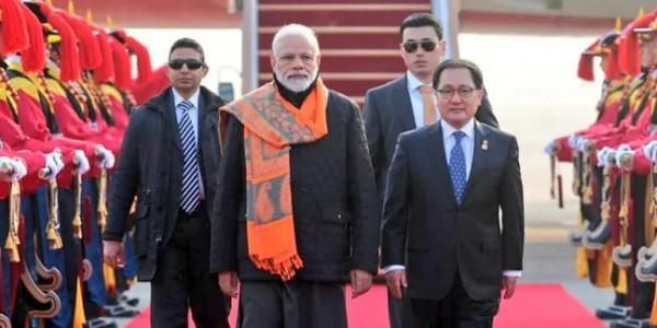 दो दिवसीय दौरे पर दक्षिण कोरिया में प्रधानमंत्री, लगे मोदी-मोदी के नारे
