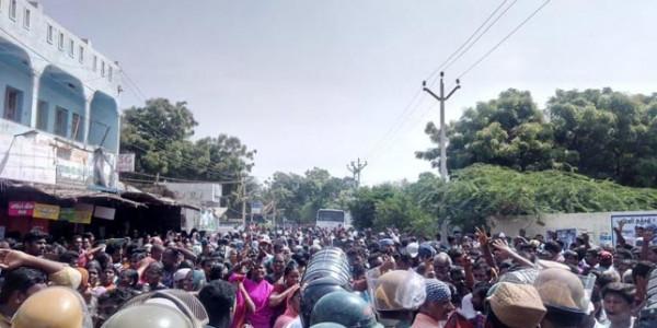 Anti-Sterlite protest turns violent in Tamil Nadu's Tuticorin, one killed