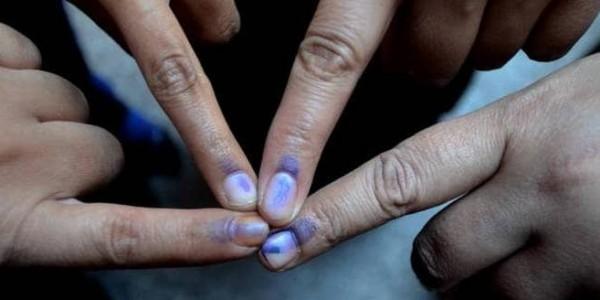 लोस चुनाव काउटडाउन! चुनाव आयोग के आदेश, 3 साल से एक जगह डटे अधिकारी होंगे ट्रांसफर