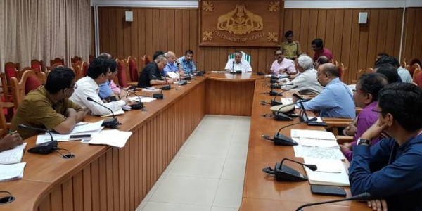 Pinarayi Vijayan cancels US trip, convenes all-party meet on Tuesday