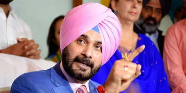 Sidhu opens project, avoids media