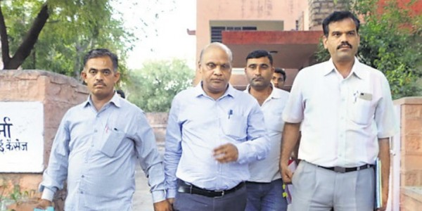 adm-arrested-for-corruption-in-jodhpur-