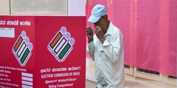 pink-polling-booth-to-be-introduced-in-delhi