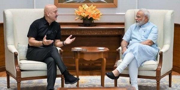 anupam-kher-meets-modi-says-his-inspirational-words-are-great-source-of-energy-for-him
