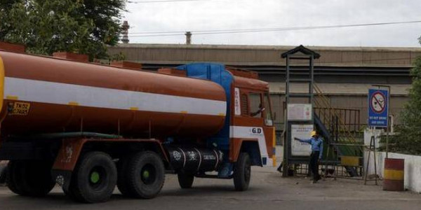 '900 tonnes of sulphuric acid removed from Sterlite plant'