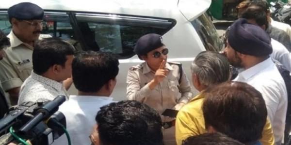 कांग्रेसी मंत्री के भतीजे की महिला ट्रैफिक सूबेदार से बदतमीजी, ट्रांसफर की दी धमकी