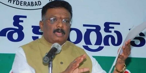TS Police implicating Congress activists in fake case: Sravan