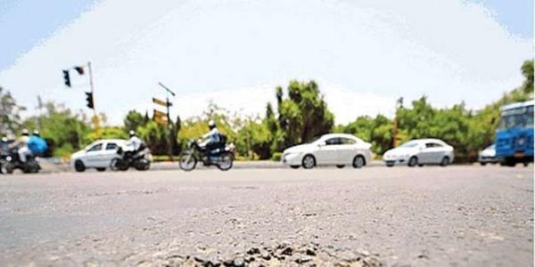 शहर की सड़कों की हालत खस्ता, क्रॉसिंग में टकरा रहे वाहन Chandigarh