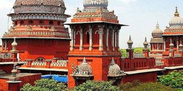 Hand over bodies of Thoothukudi firing victims to relatives, says HC