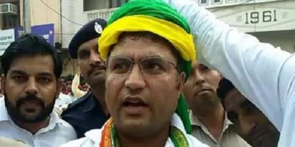 जेजेपी प्रत्याशी की शक्ति प्रदर्शन रैली में पहुंचे तंवर, कांग्रेस और BJP पर साधा निशाना