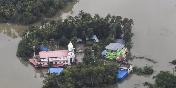 Kerala floods: Vijayan says 7.24 lakh displaced, focus now on rehabilitation