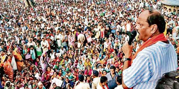 गोला के आदिवासी नेता ने दुमका व रांची में खरीदी आदिवासियों की जमीन, हम करायेंगे वापस : रघुवर